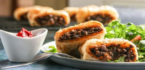 Lentil sausage rolls