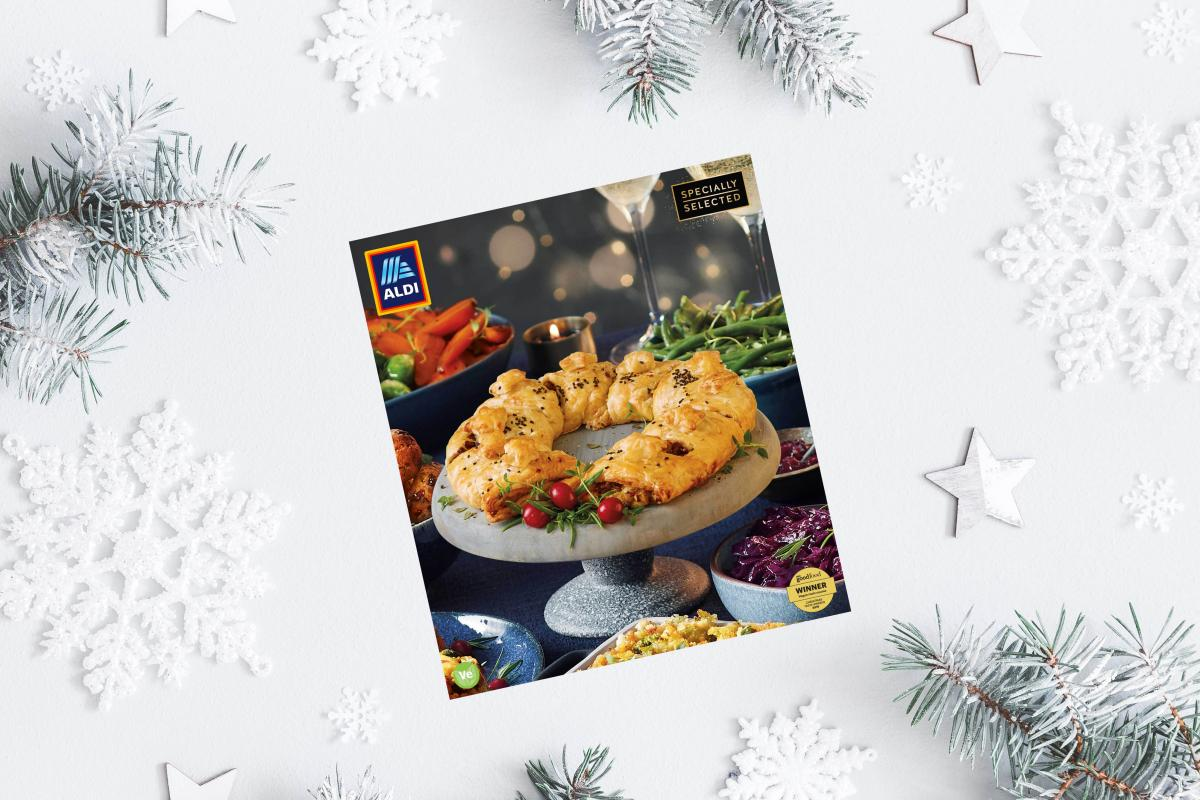 Aldi Vegan Wreath Centrepiece