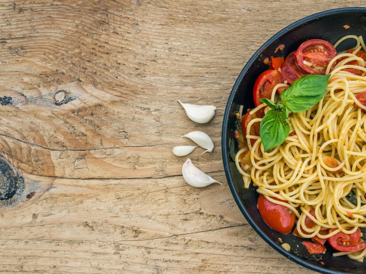 Tomato pasta - vegan italian food